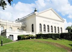 Grand Casino du Domaine de Forges-les-Eaux.